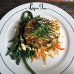 Maryland Lump Crab Cake with Jimica Slaw & Green Beans