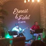 Photo de Ernest & Fidel Cafe