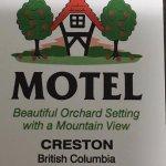 Photo de Bavarian Orchard Motel
