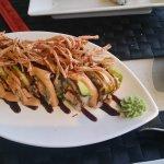 Foto de Melao Restaurant + Bar / Sushi To-Go