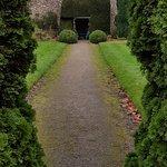 Thornbury Castle grounds