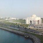 Khalidiya Palace Rayhaan by Rotana Foto