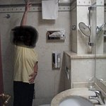 """My wife is 5'2"""" tall - is this towel bar suitable for shorter people??"""