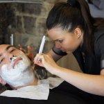 Sur place, Le Salon de rasage & Massages