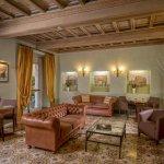 Photo de Hotel Villa Grazioli