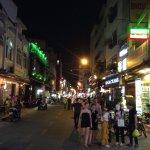 Photo de Pham Ngu Lao Street