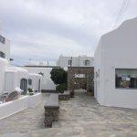 Photo de Paros Paradise Apartments
