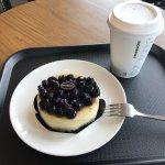 ภาพถ่ายของ Starbucks Jeju Chilseong