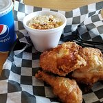 Fried Chicken and Mac-n-cheese - Amazing!