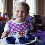 Cinderella's Castle character lunch