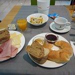 Petit dejeuner buffet à volonté