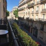 Photo de Hôtel Le Six