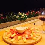 Casa Nostra-Bar-Restaurant-pizza