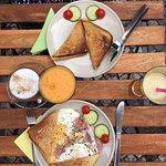 Cili Cafe