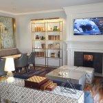 Gold Floor lounge