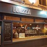 Foto van Burzza