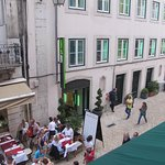 Rossio Gat Hotel across the Garden Hotel