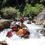 שיט באבובים ורפטינג בנהר