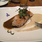 Foto de Tampu Restaurant at Sanctuary Lodge