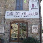 Wine tasting at Castello Vicchoomaggio