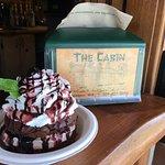 Foto di The Cabin Drive-thru