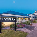 Clovelly Restaurant & Bar