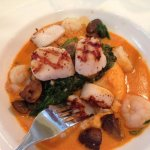 Sea Scallops with shrimp with spinach, mushrooms, over grils