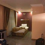 Photo de Al Anbat Hotel 1