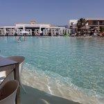 seating in water round main pool bar