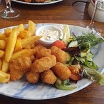 Yummy scampi, chips and salad