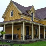 Magnetic Hill Winery restored home