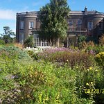 Bantry Bay House: Side Gardens