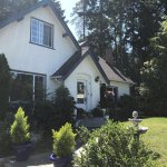 Foto de Charm of Qualicum Bed & Breakfast