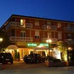 Photo of Hotel Tuder