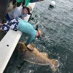 Photo de Sanibel Offshore Fishing Charters