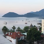 Photo de Golden Rock Beach Hotel