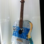 amazing what you can do with scraps... a guitar made by a prisoner