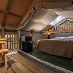 Cieloverde Tent veranda e interno