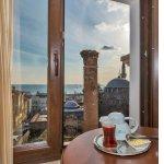 Photo de Daphne Hotel