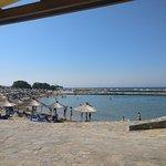 Photo de Nana Beach Hotel