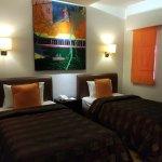 Foto de Court Meridian Hotel