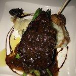 Beef tenderloin w/ asperagus