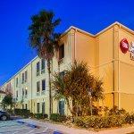 Best Western Plus Bradenton Hotel & Suites Photo
