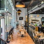 Mezzanine Restaurant & Cafe