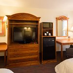 Two Queen Beds Room Amenities
