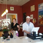 Owned and Operated locally. Very friendly and helpful in discussing their menu options