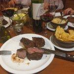 Excelente las carnes a su punto,  buen vino,   atención excelente,  volvería sin lugar a dudas…
