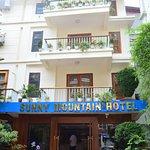 Photo de Sunny Mountain Hotel