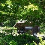 バッタリ小屋も再現されていました。