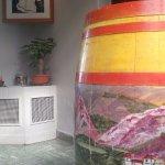 tonel de vino frances decorado